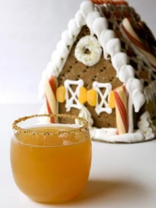 Gingerbread-Apple-Cocktail