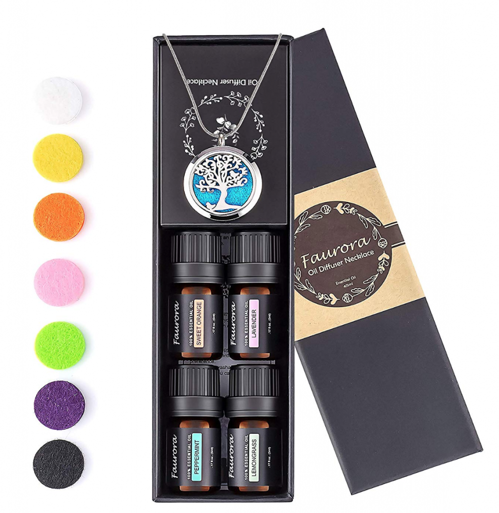 essential oil jewelry